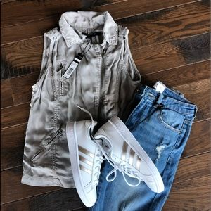 New Max Jeans Gray Vest